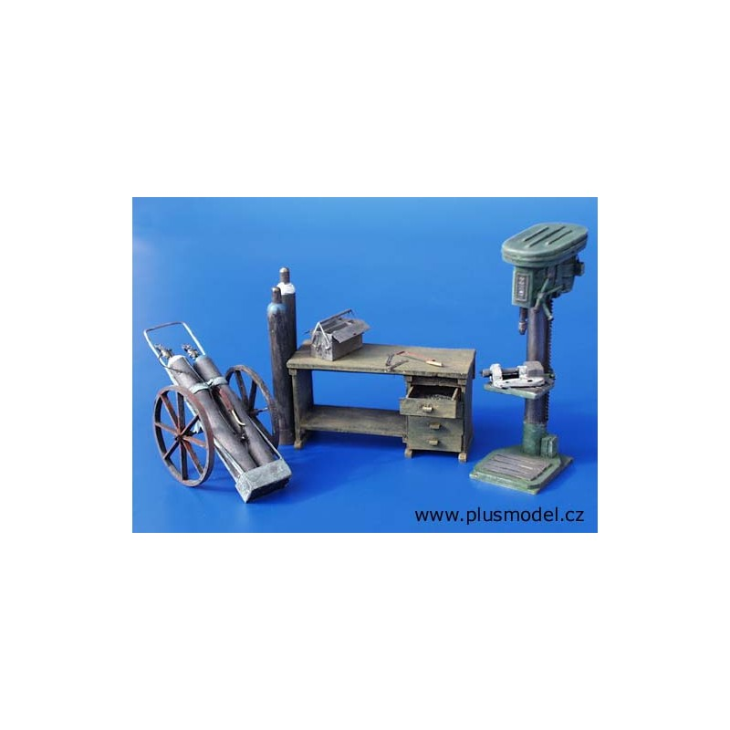 Kit equipo de taller - Para Maquetar - Miniatura 1:35 - Plus Model 094