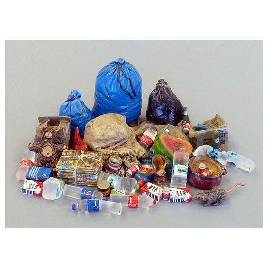 Kit basura - Para Maquetar - Miniatura 1:35 - Plus Model 486