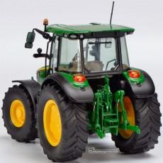 Tractor John Deere 5125 R - Miniatura 1:32 - Schuco 450772700 vista  posterior