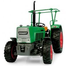 Tractor Fendt Farmer 4S - 4WD con barras en el techo - Réplica 1:32 - UH5309 vista frontal
