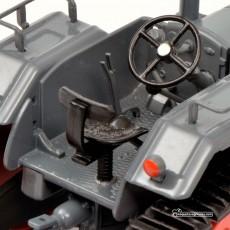 Tractor Lanz Ackerluft con oruga - Miniatura 1:32 - Schuco 450769300 detalle cabina