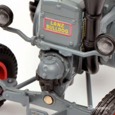 Tractor Lanz Ackerluft con oruga - Miniatura 1:32 - Schuco 450769300 detalle frontal