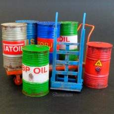 Kit barriles metálicos con carros - Para Maquetar - Miniatura 1:35 - Plus Model 482