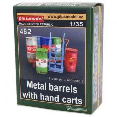 Kit barriles metálicos con carros - Para Maquetar - Miniatura 1:35 - Plus Model 482 embalaje