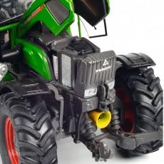 Tractor Fendt 211 Vario, verde - Miniatura 1:32 - Schuco 450781500 detalle del motor