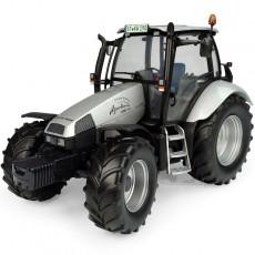 """Deutz-Fahr Agrotron MK3 - Edición Limitada """"Diseño Especial No. 555"""" - Miniatura 1:32 - UH5396"""