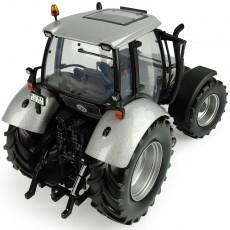 """Deutz-Fahr Agrotron MK3 - Edición Limitada """"Diseño Especial No. 555"""" - Miniatura 1:32 - UH5396 perfil posterior"""