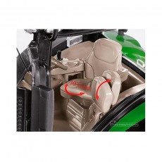 Tractor John Deere 7310R doble rueda - Miniatura 1:32 - Wiking 077846 detalle cabina 2
