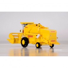 Cosechadora New Holland 8070 con cabina - Miniatura 1:32 - Replicagri Rep504