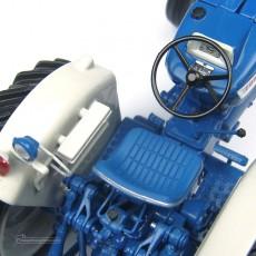 Tractor Ford 5000 - Réplica 1:32 - UH2808 detalle volante
