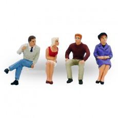 Personas sentadas (2 hombres y 2 mujeres bien vestidos) - Miniatura 1:32 - Presier 63074
