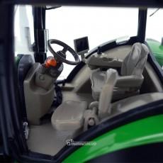 Tractor John Deere 7310R - Miniatura 1:32 - Wiking 077837 cabina