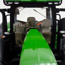 Tractor John Deere 7310R - Miniatura 1:32 - Wiking 077837 cabina frontal