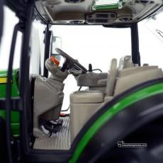 Tractor John Deere 6250R - Miniatura 1:32 - Wiking 077836 detalle cabina