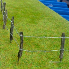 Kit palos y alambre de pinchos para crear cercado nº2 - de 1 a 1.5 m - Artisan 04802 ejemplo de uso