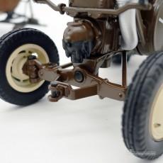 Tractor Lanz Bulldog con techo y cuba de estiércol - Miniatura 1:32 - Schuco 450769900 detalles dirección