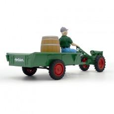 Motocultor con carro y conductor - *Ed. limitada - Miniatura 1:32 - Schuco 89520 perfil trasero derecho